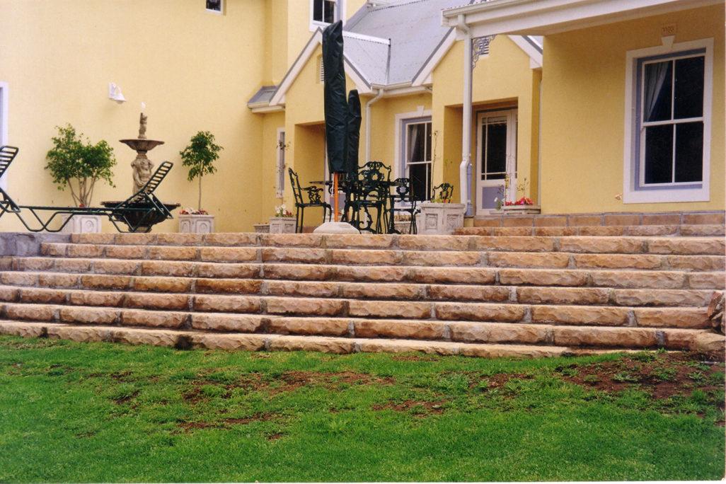 Saxon Garden Step